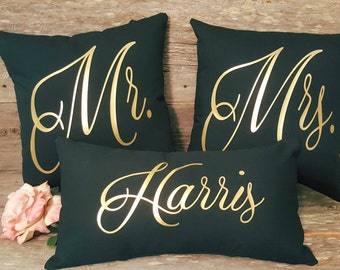 Personalized Mr and Mrs Pillow Set | Wedding Pillow | Wedding Gift | Anniversary Gift | Wedding Decor |Newlywed Gift | Bridal Shower Gift