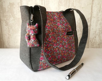 Grey and pink shoulder bag,  French handbag
