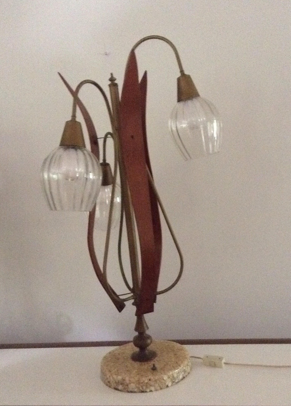 Vintage Mid Century Modern Sculpture Wood Table Lamp 3-Branch Abalone Shell Cast Resin Base 60/'s