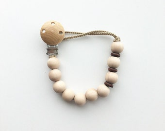 M&M Classic Beaded Pacifier Clip (wooden ring not included)