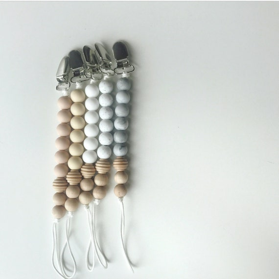 Willow Clip - Silicone Pacifier Clip
