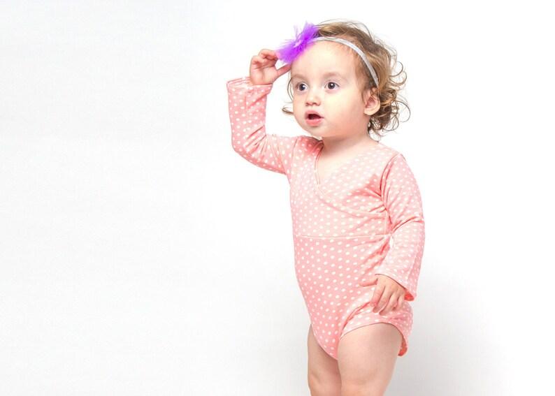 271b9a4f1 Body de manga larga rosa lunares bebé niña 0-18 meses ropa