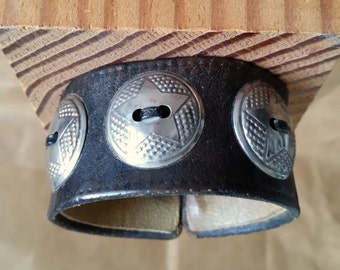 "OLD LEATHER CUFF with Conchos. Black Leather in Vintage, Distressed Look. Round Silver Star Conchos. 6-1/4"" Wrist Size. Unisex Mens Womens"