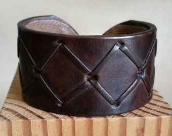 DARK BROWN LEATHER Cuff Bracelet with Cross Lacing. Deluxe Lined Genuine Leather Cuff. Copper Hook Clasp. Mens, Womens, Unisex Wide Cuff.