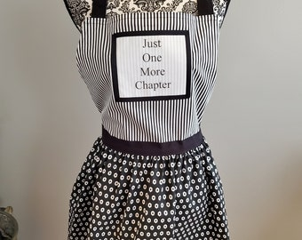 Just One More Chapter Apron, Reader Quote Apron, Book Nerd Apron, Book Quote Apron, Bookish Apron, Ready to Ship, Book Nook, MarjorieMae