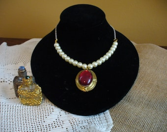 Ruby and Pearl Necklace, Renaissance Inspired Ruby Pendant and Pearl Necklace, Ruby Necklace, Pearl Necklace, Affordable Necklace, Romantic