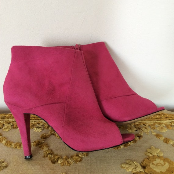 Fucsia Suede Leather Ankle Boots open front Size UK4 EU 36