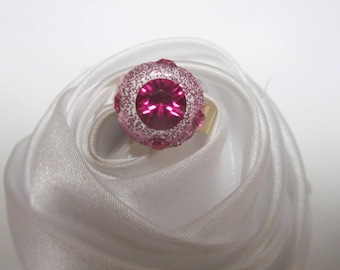 rose gold Crystal bead ring is rather sheer pink