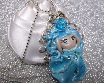 Necklace little Princess blue beads and chain