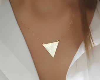 Triangle Charm Necklace , Textured Triangle Necklace , Gold Triangle Chain , Geometric Necklace , Triangle Pendant Necklace