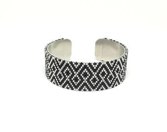 Black and silver Japanese beadwoven cuff