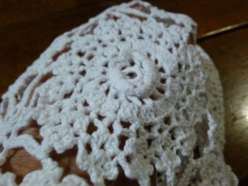 UNUSUAL Vintage Irish Rose Hand Crocheted Pouch Draw String 1053