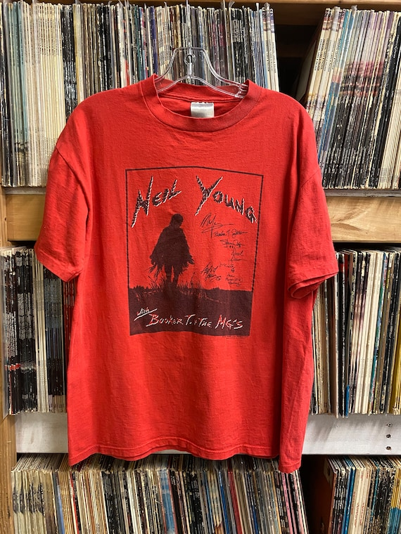 NEIL YOUNG 1993 Tour T-shirt HARVEST Moon Booker T