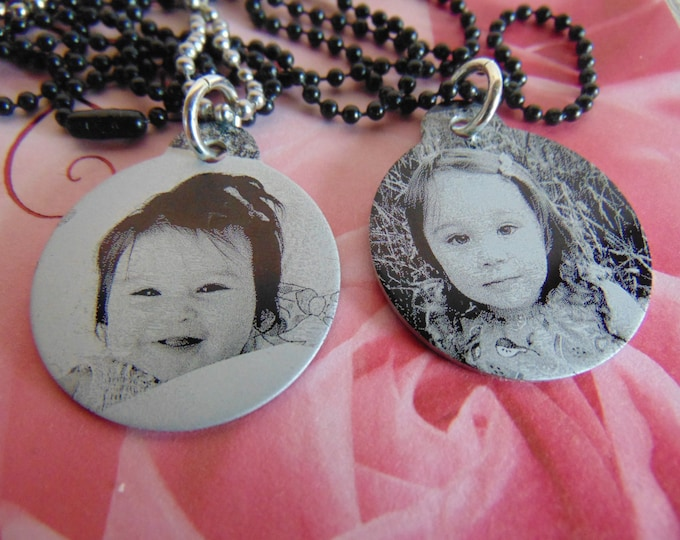 """Custom Photo Picture with Personalize  Hand Writing on back, Or Second Photo. Black 1.25"""" round"""
