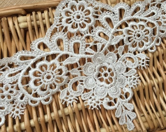 """Ivory Floral Lace Trim Retro Embroidery Wedding Lace Trim 4.72""""  Wide 2 Yards S0213"""