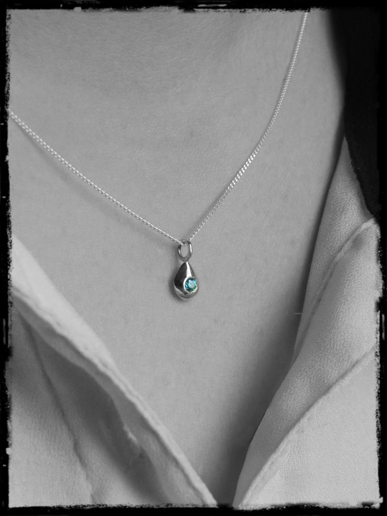 Topaz Solid silver pendant drop shape and gemstones necklace chain sterling silver peridot zirconium oxide
