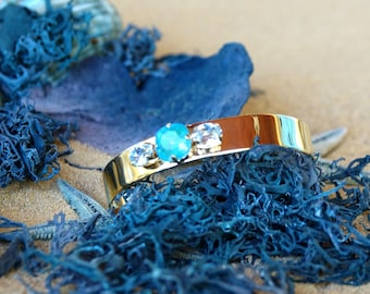 Open bangle bracelet, rigid, golden, adorned with Swarovski crystal cabochons, boho bangle, open bangle, simple bangle, Ataroa bangle .