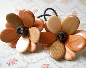 Wood Juniper Multicolor flower ponytail holder. Hair accessories. Organic Wood Juniper.