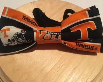 """Tennessee Vols bow tie, graduation gift, Volunteers Bow tie, groomsmen bow tie. Pre-tied cotton bow with 18"""" adjustable strap"""