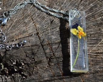 Handmade Dried Flower in Resin on silver necklace
