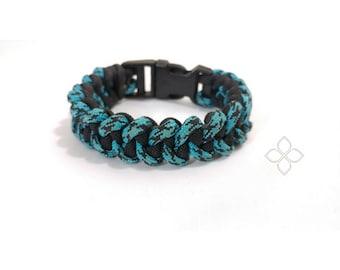 Shark Jaw Paracord Bracelet