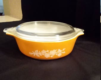 Pyrex Gold Butterfly 500 ml. Covered Casserole