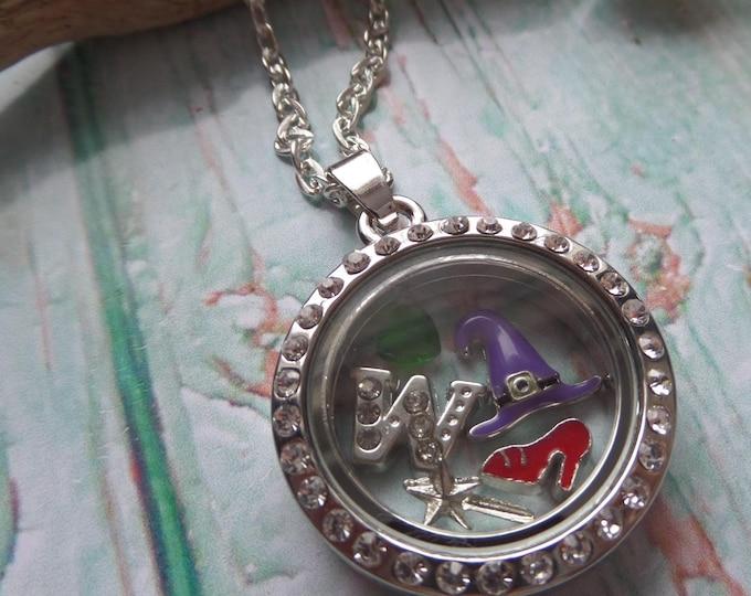 Wicked floating locket, wicked jewelery, wizard oz gift, novelty gift, wicked gift, glass locket, defy gravity gift, fan gift, sandykissesuk