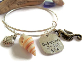Dreaming of the Sea themed silver tone expandable charm bangle bracelet beach gift seaside sea jewellery Uk