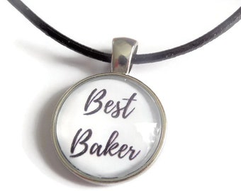 Best baker necklace, baker gift, love to bake necklace, best baker gift, cake bake necklace, glass dome necklace, novelty gift,sandykissesuk