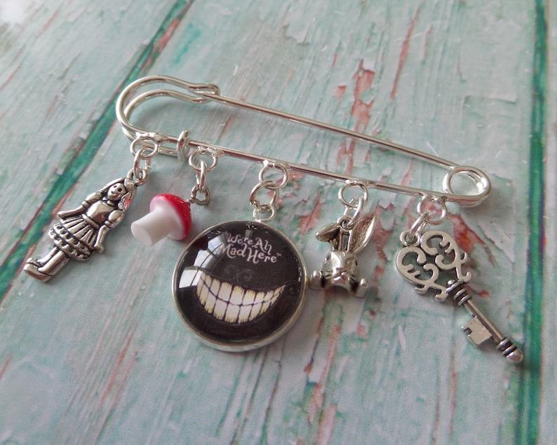 Wizard of OZ themed 20mm glass dome kilt pin brooch Dorothy fan gift bag charm