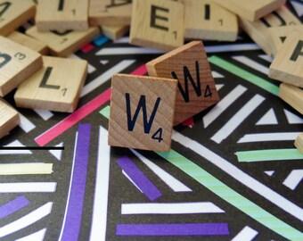 'W' Nostalgic Scrabble Studs