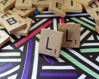 'L' Nostalgic Scrabble Studs