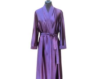 Vintage 70s purple 2 tone ombre nylon polyester satin robe, purple housecoat