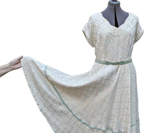 Vintage 1950s Ivory gold brocade with sea foam green and pale pink detail and A-line circle skirt with trim detail