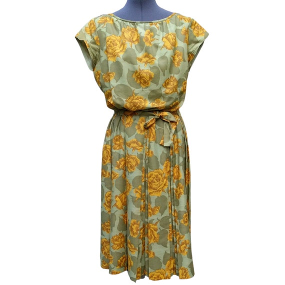 Vintage 1950's or 60's green and okra yellow cotto