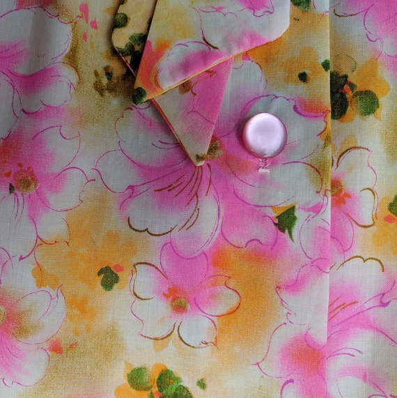 Vintage 1960's pink and yellow cotton smock robe - image 9