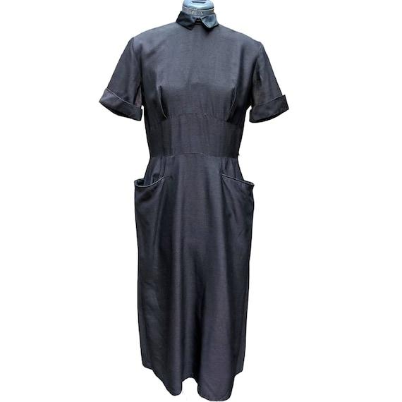 Vintage 1940's black cap sleeve dupioni silk dress