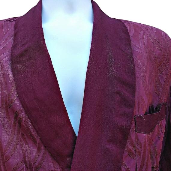 Vintage 1940's claret red men's smoking jacket ro… - image 3