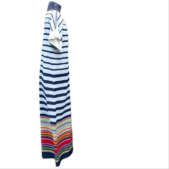 Vintage 1980's white, navy and rainbow striped te… - image 5