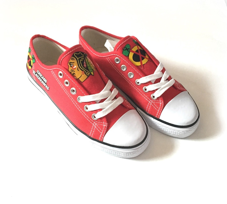 a3fe56a13a122b Chicago Blackhawks Shoes Blackhawks Hockey Shoes Womens