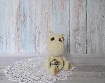 Crochet Hippo, Amigurumi Hippo plush, Stuffed Hippo toy, White hippo