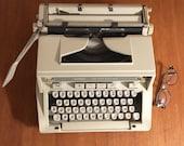 Typewriter Hermès 3000 - typewriter