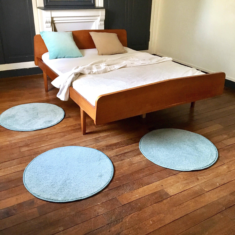tapis rond en laine bleu wood carpet etsy. Black Bedroom Furniture Sets. Home Design Ideas