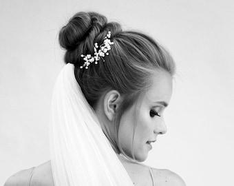 Pearl hair pins for weddings, pearl bobby pins,  bridal pearl hair accessories