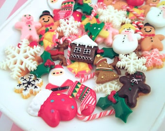 SALE Christmas Cabochons Grab Bag Mix, Assorted Holiday Cabs