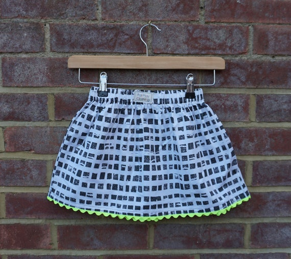 Neon Monochrome Skirt Age 3-5yrs