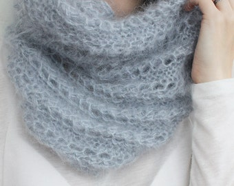 Knit loop scarf, Knit Scarf mohair cowl infinity, knitted Scarf Chunky, gift for wife girlfriend tube scarf Gray silver Gray Jeans