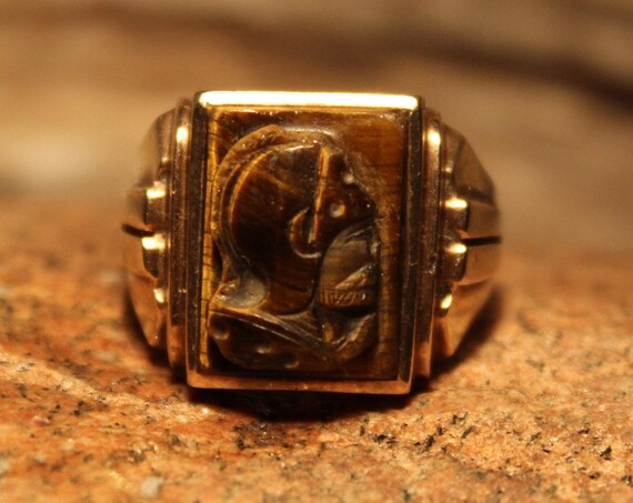 Vintage Intaglio 10K Yellow Gold Roman Soldier Gold Ring Heavy 9.4 Grams Size 11 Vintage Mens Gold Ring Conquistador Ring Mens Gold Ring