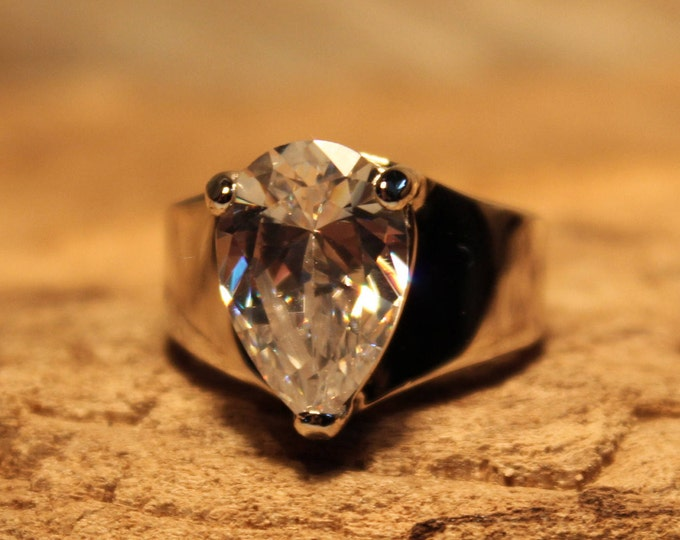 Vintage Ring Large Cubic Zirconia Solitaire Ring Sterling Silver Ring 10.3 Grams Size 8 Single Stone Sterling Silver Ring Vintage Ring