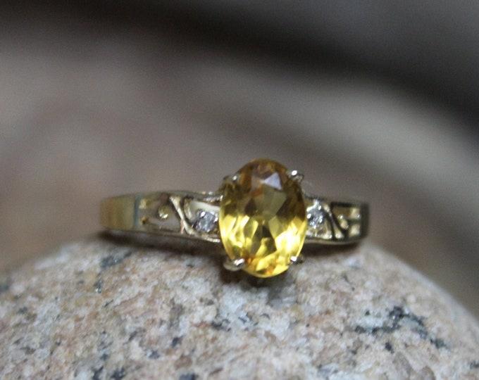 1990's Vintage 10k Solid Gold  Citrine Diamond Ring 1.9 Grams Size 7 Yellow Gold Citrine Ring  1990 Gold Ring Vintage Gold Citrine Rings